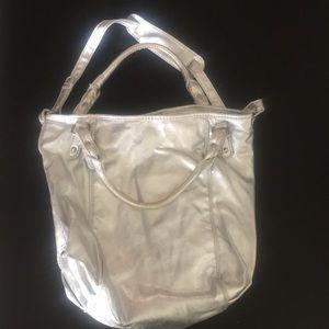 Silver gap handbag
